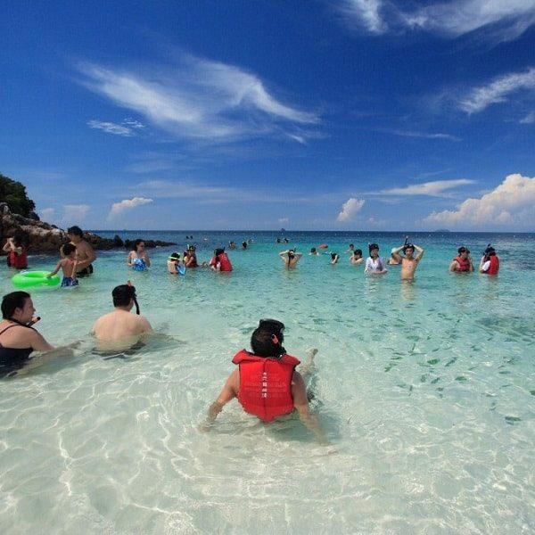 Koh Khai beach snorkeling