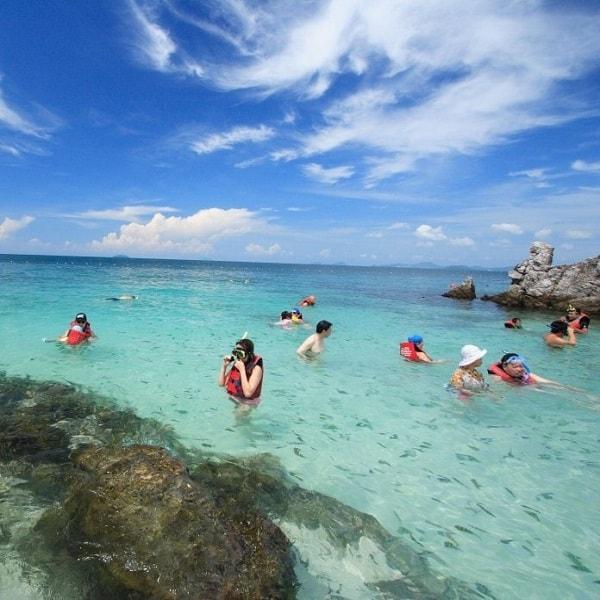 Koh Khai snorkeling