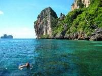 snorkeling tour phi phi