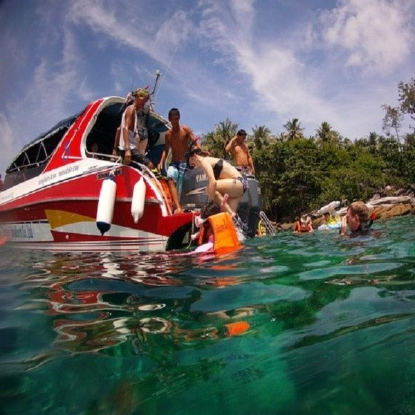 Racha Yai speedboat