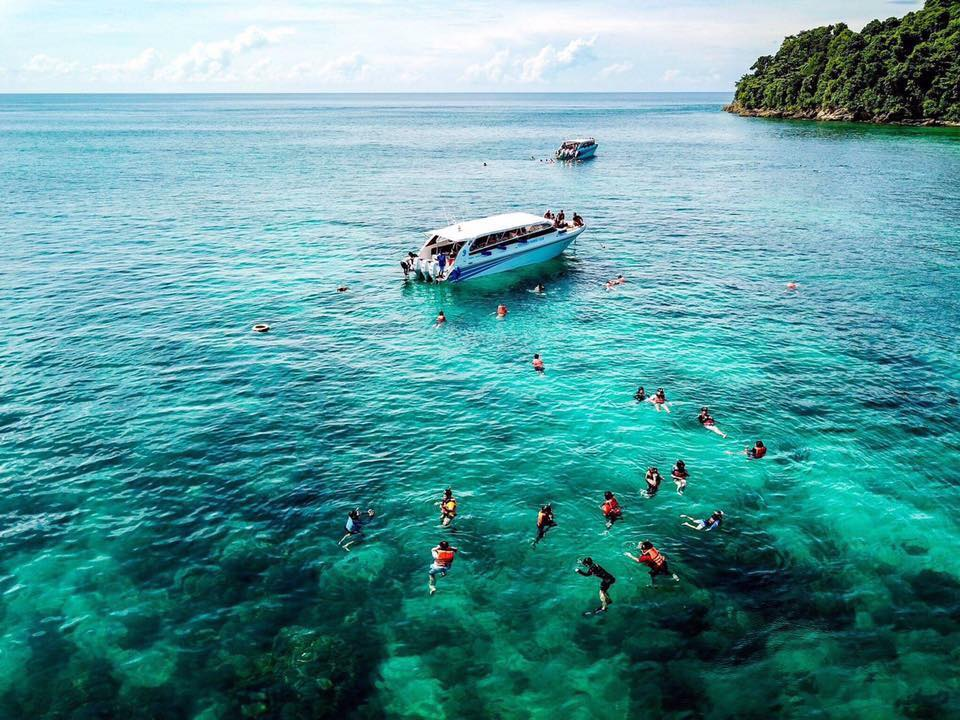 Similan Islands snorkeling tour