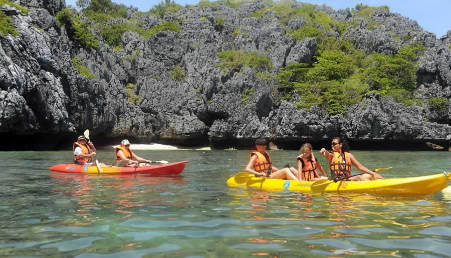 Angthong kayaking