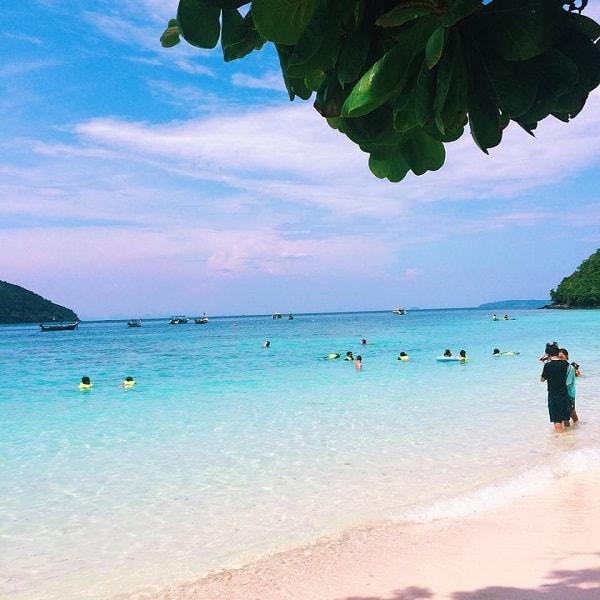 Banana Beach Coral Island