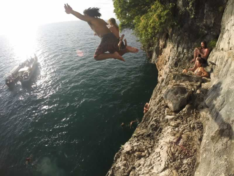 Krabi cliff jumping