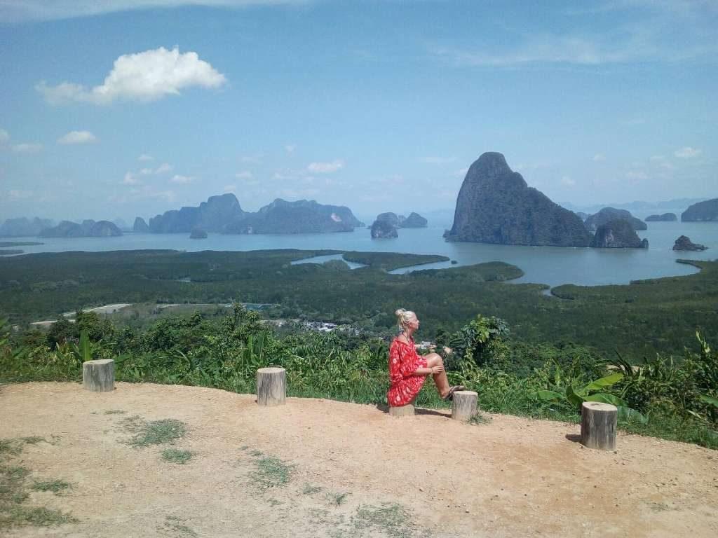 Samet Nangshe viewpoint
