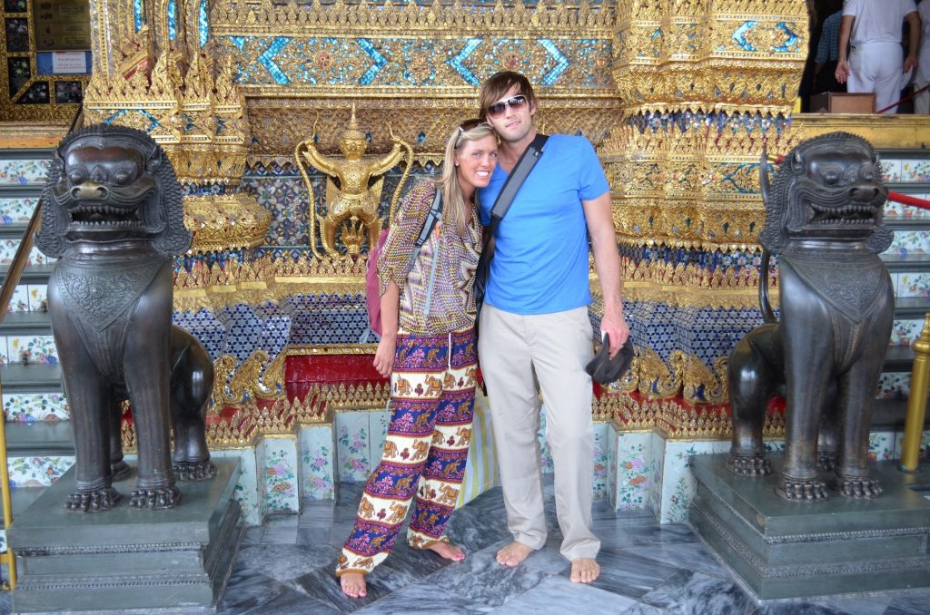 Thai temple attire
